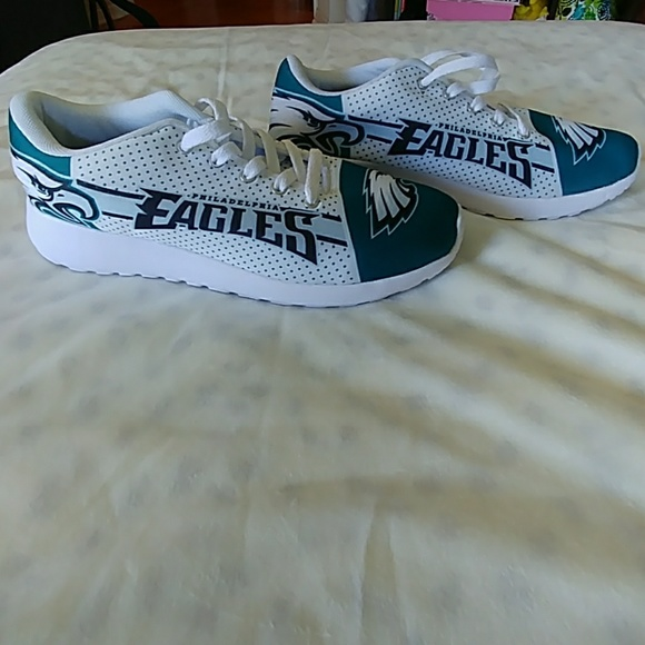 9beafd80696 Philadelphia Eagles Sneakers. M 5b06f4e805f4307343e0d978